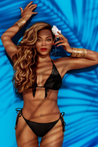 beyonce-as-mrs-carter-in-hm