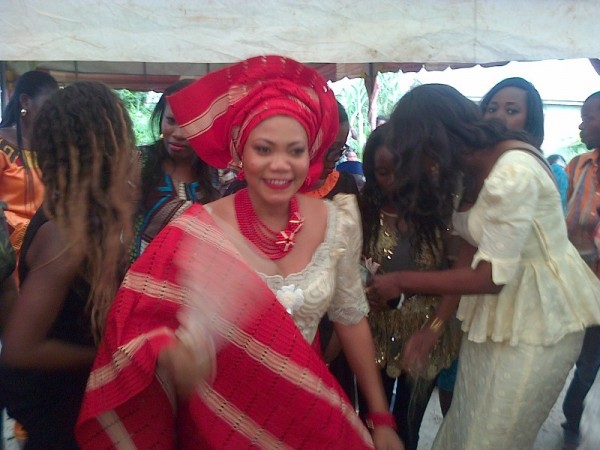Yemi-Sax-and-Shola-Durojaiye's-Marriage-Introduction010110-600x450