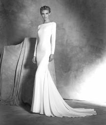 Atelier-Pronovias-2016-Wedding-Dresses-BellaNaijaIVANIA_B